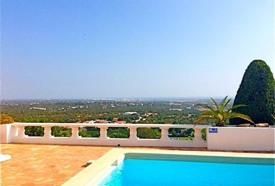 view-w-pool