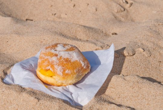 Bola de Berlim on the Beach
