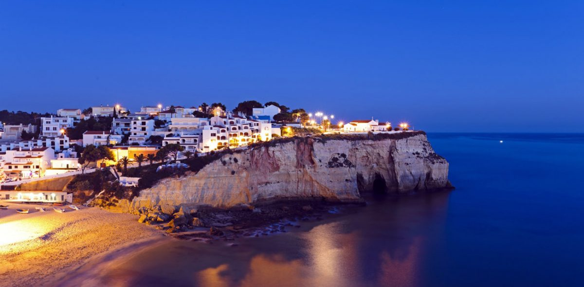 Carvoeiro-by-night-