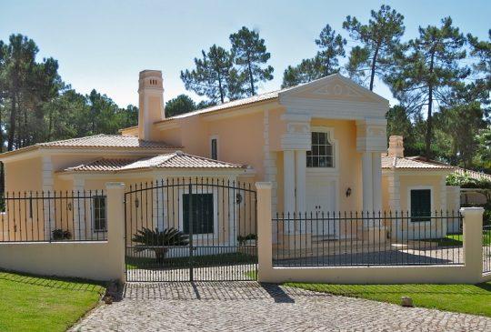 property-vilamoura