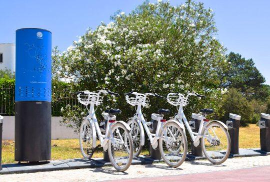 white-bikes-Vilamoura